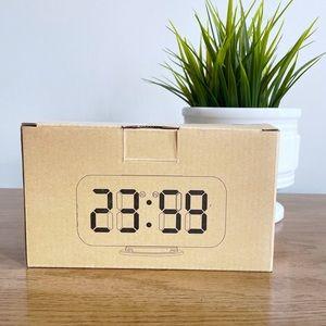 Elecstars Digital Alarm Snooze Clock w 2 USB Ports
